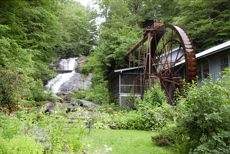 Sylvan Falls Mill Bed and Breakfast, 156 Taylors Chapel Road, Rabun Gap, GA, 30568, USA